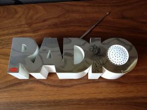 Isis Radio 20-1_2