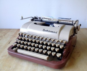 Underwood de luxe quiet tab_3