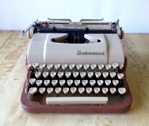 Underwood de luxe quiet tab_6