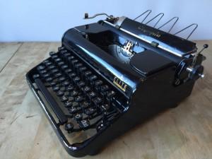Olympia Elite skrivmaskin