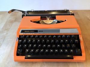 Silver Reed 200 skrivmaskin