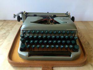 Erika 11 skrivmaskin