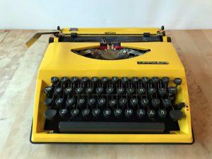 Triumph Tippa S skrivmaskin